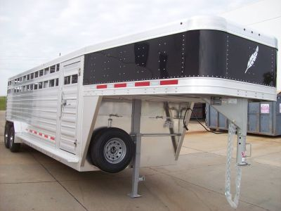2018 Featherlite Trailers 8127-7028 Equipment Trailer Trailers Roca, NE