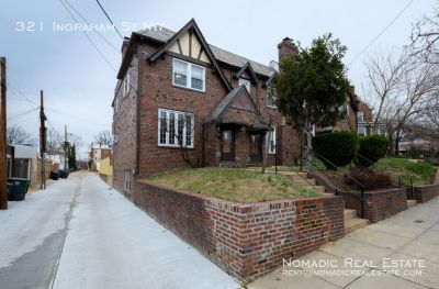 Roomy Single Family Home Situated near Rock Creek Park!
