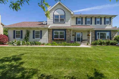 4210 110th St Pleasant Prairie Four BR, Immaculate inside & out