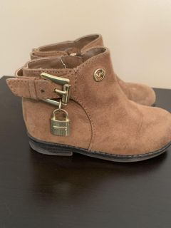 Michael Kors toddler size 6 boots