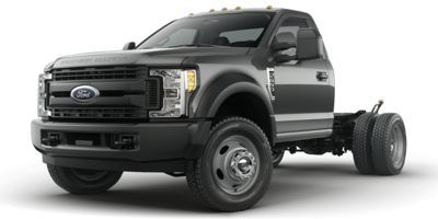2017 Ford Super Duty F-450 DRW Chassis Cab 2WD Regular Cab (Oxford White)