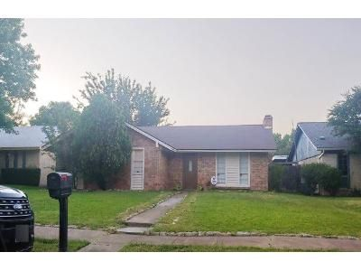 3 Bed 2 Bath Preforeclosure Property in Garland, TX 75040 - Delores Dr