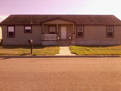 x002479000  5br - 1792ftsup2 - 5 bdrm foreclosed home for sale in Sinton Texas