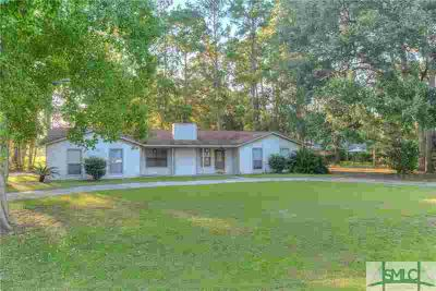 258 S Topi Trail Hinesville Three BR, Great investment