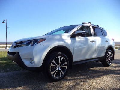 2015 Toyota RAV4 Limited (White)