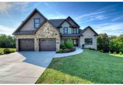 1128 Addison Ct Piney Flats, Beautiful home offers Four BR/3.5 BA