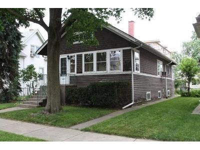 2 Bed 1 Bath Foreclosure Property in Forest Park, IL 60130 - Warren St