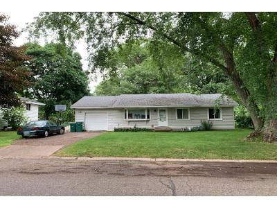 3 Bed 1.0 Bath Preforeclosure Property in Circle Pines, MN 55014 - Stardust Blvd