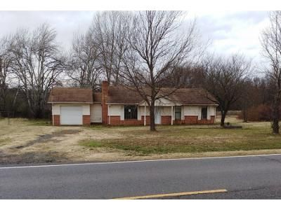 4 Bed 4 Bath Preforeclosure Property in Muskogee, OK 74403 - S Country Club Rd