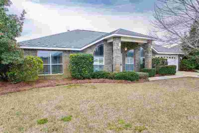 1530 Woodlawn Way Gulf Breeze Four BR, Welcome home to Woodland