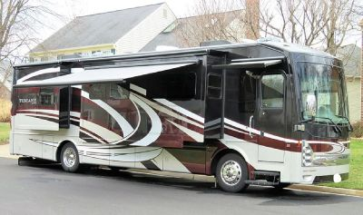 By Owner! 2015 38ft. Thor Tuscany XTE 36 MQ w/4 slides