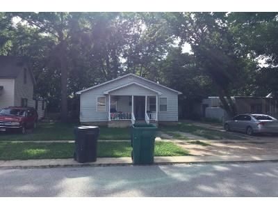 2 Bed 1 Bath Preforeclosure Property in Rogers, AR 72756 - N 3rd St