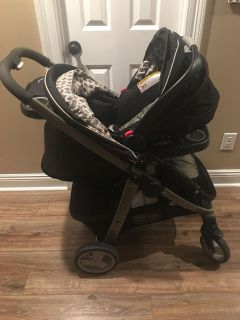 Graco Travel System Car Seat Stroller and Base