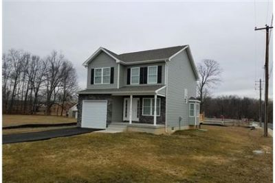 House, Perryville - ready to move in. Parking Available!
