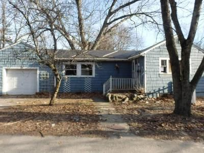 3 Bed 1 Bath Foreclosure Property in Dedham, MA 02026 - Pine St