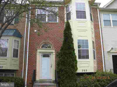 705 Faraway CT BOWIE, Nice 3 fully finished level townhouse