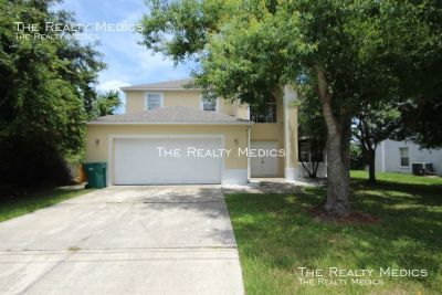 Gorgeous 3 Bedroom Home in South Apopka!