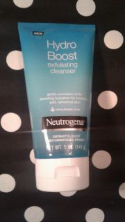 Neutrogena Hydro Boost Exfoliating Cleanser New, Factory Sealed ($9.49 Retail) $4
