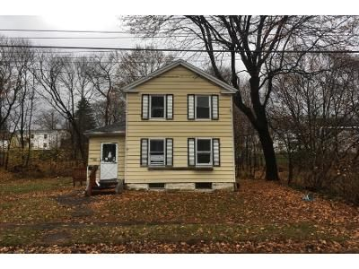 2 Bed 1 Bath Preforeclosure Property in Pittsfield, MA 01201 - John St