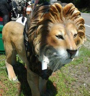 $1,595 Fiberglass Poly-Resin Lion