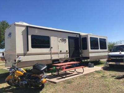2016 Forest River travel trailer