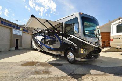2017 Thor Motor Coach Outlaw 37BG toyhauler motorhome