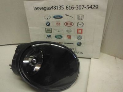 Sell 2004-2006 Pontiac GTO Front Fog Light RIGHT Side Passenger 92119490 GM motorcycle in Greenville, Michigan, United States, for US $34.95