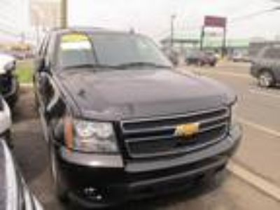 Used 2014 CHEVROLET SUBURBAN For Sale