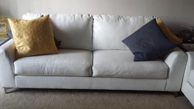 $700, White couch and loveseat set