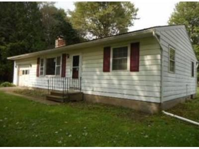 2 Bed 1 Bath Foreclosure Property in Schenectady, NY 12302 - Charlton Rd