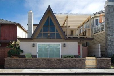 $6200 3 single-family home in Newport Beach
