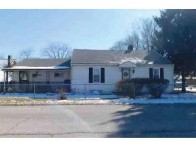 3 Bed 1 Bath Foreclosure Property in Indianapolis, IN 46218 - E 31st St