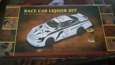 New / Godinger 6 Piece Race Car Liquor Set