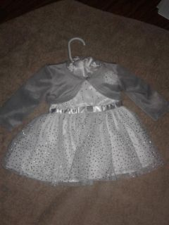 Girls New born outfit Excellent condition oshkosh pu