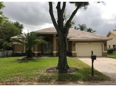 4 Bed 3 Bath Foreclosure Property in Pompano Beach, FL 33067 - NW 43rd Ct