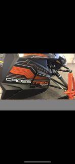 "2016 Arctic Cat XF 7000 137"" CrossTrek ES Trail Sport Snowmobiles Escanaba, MI"