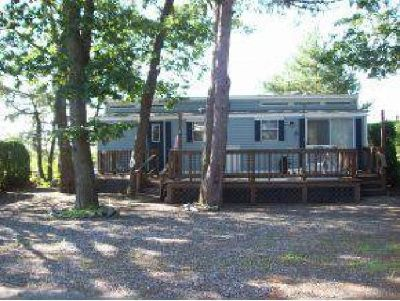$44,900 1, Manuf./Mobile,Single Wide - Seabrook, NH