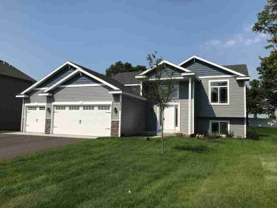 1006 Maplewood Avenue SW Isanti Three BR, Beautiful NEW