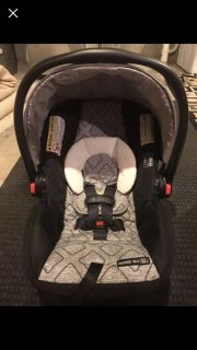 Brand New Graco Click Connect Car Seat