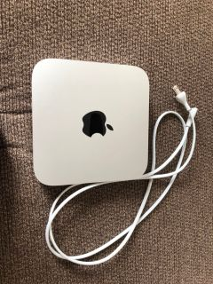 Mac Mini i5 8GB RAM SSD