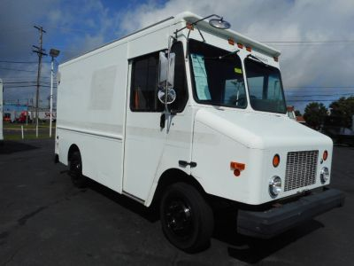 2003 Freightliner MT45 11' Step Van (White)