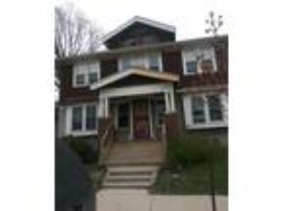 Call All Landlords!! Cash Flow Property!!! Contract For Sale