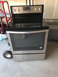 Whirlpool Oven, never used. Sells for $450 at BestBuy