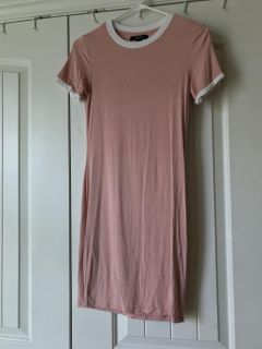 Forever 21 pink T-shirt dress Size small