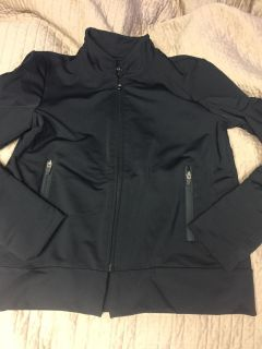Women s black zip up with the zippered pockets size large running jacket