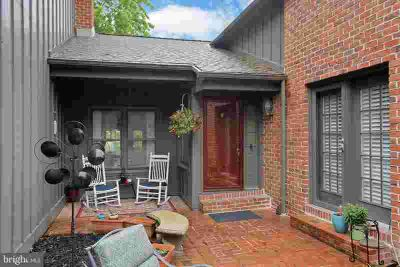 577 Windsor CT HUMMELSTOWN, Immaculate Four BR 3 Full and