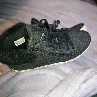 Trash brand Sneakers, sz 9, swipe for more pics, good condition