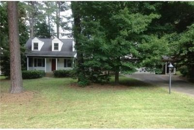 Charming 3 bedrooms 2 baths with office and sunroom. Washer/Dryer Hookups!