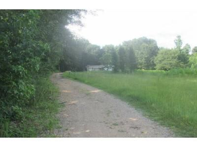 3 Bed 2 Bath Foreclosure Property in Nauvoo, AL 35578 - Highway 5