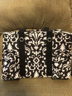 New thirty-one tote.